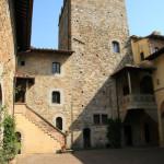 Castello il Palagio, corte interna
