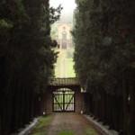 Castello il Palagio, viale di ingresso